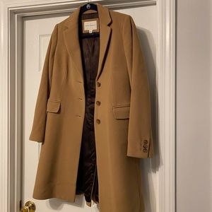 Camel Wool Banana Republic Winter Coat Small GUC